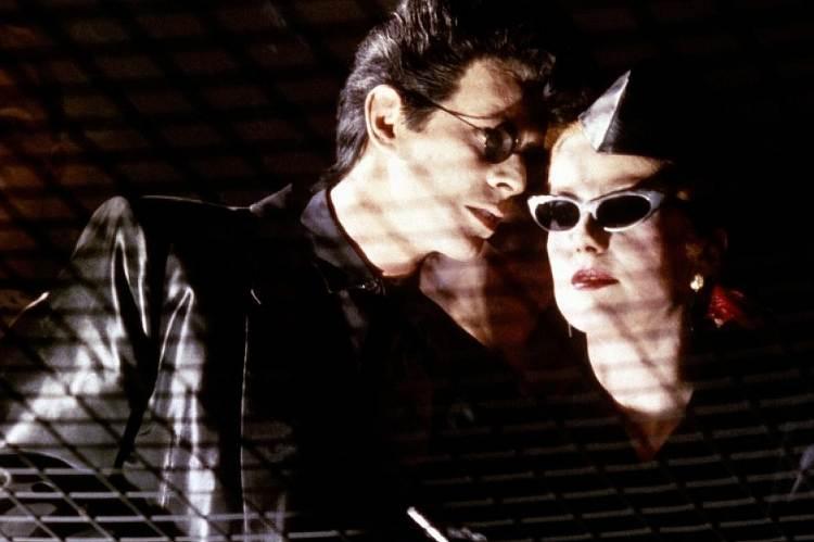 David Bowie és Catherine Deneuve a regényből készült filmben (Tony Scott: Az éhség)