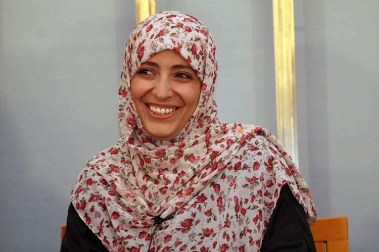 Tawakkol Karman, Leymah Gbowee és Ellen Johson Sirleaf átveszik a Nobel-díjat