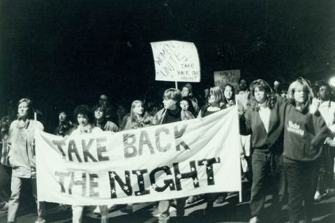 Take Back the Night! felvonulás a 80-as években. Forrás: Durham University Archives.