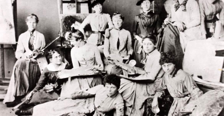 A Münchner Damenakademie növendékei 1886-ban. Maria Slavona elöl jobbra.