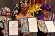 Tawakkul Karman, Leymah Gbowee és Ellen Johnson Sirleaf 2011-ben átveszik a megosztott Nobel-békedíjat  (Fotó: Harry Wad)