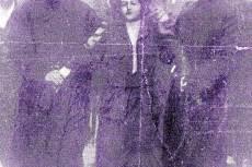A Downing street 10-nél letartóztatják Edith New-t.
